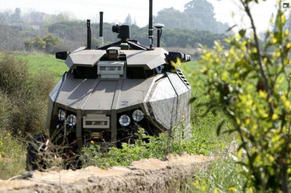 Roboter «Guardium» auf Patrouille an der Grenze zu Gaza © Israel Defense Ministry